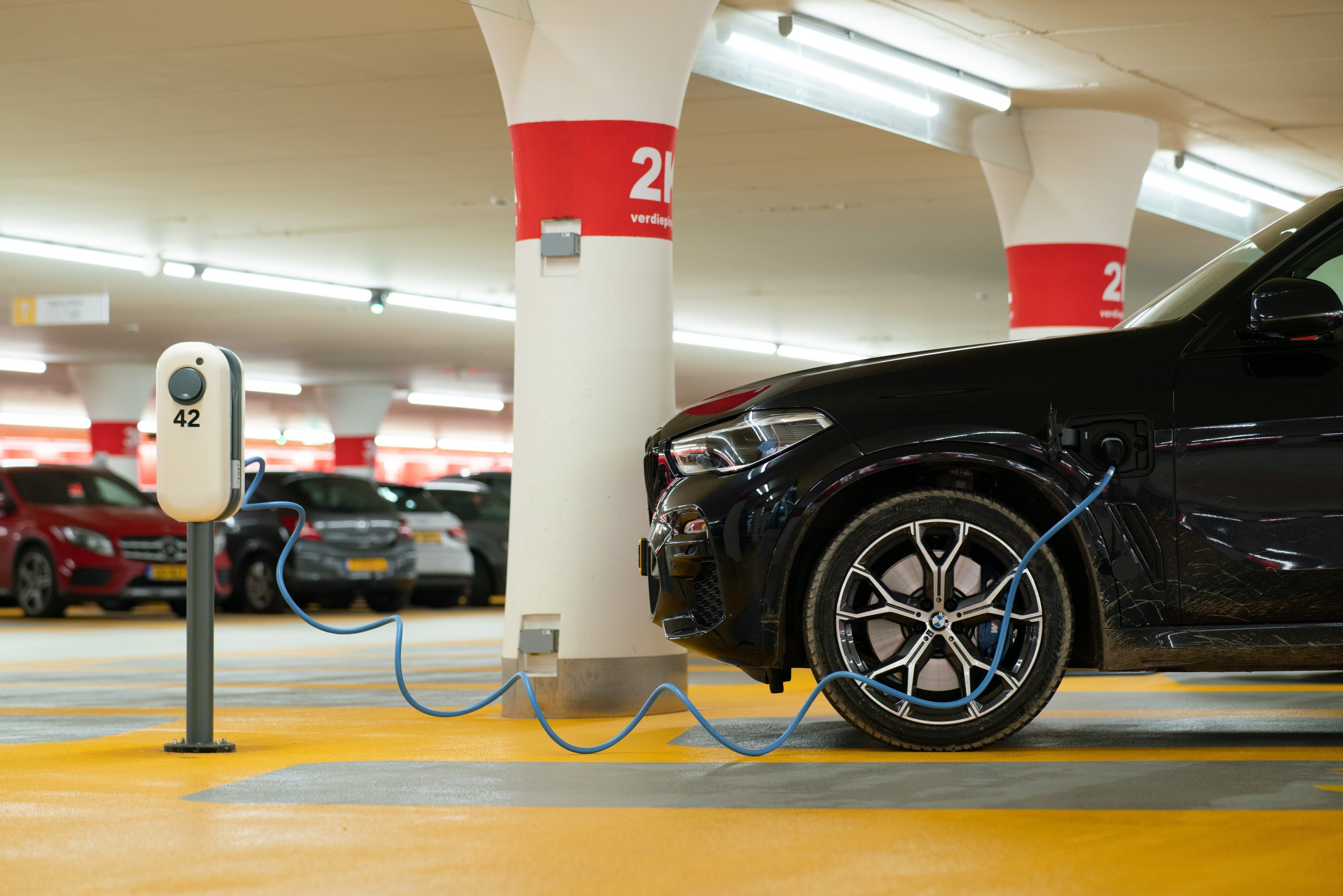 Why Electric Charging Stations Are Essential for the Modern Car Park